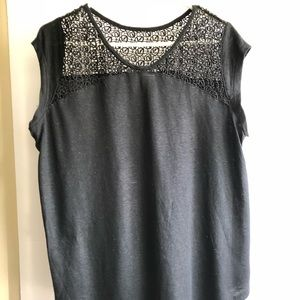 Black XL Old Navy top with laced detail